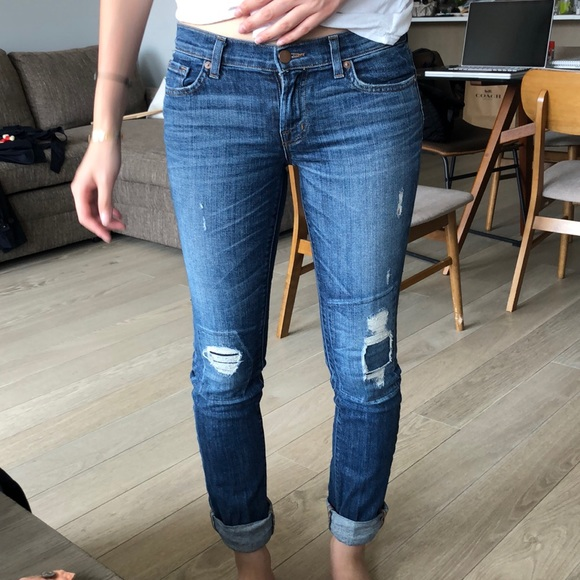 J Brand Denim - J Brand Blue Jeans with Distress in the front